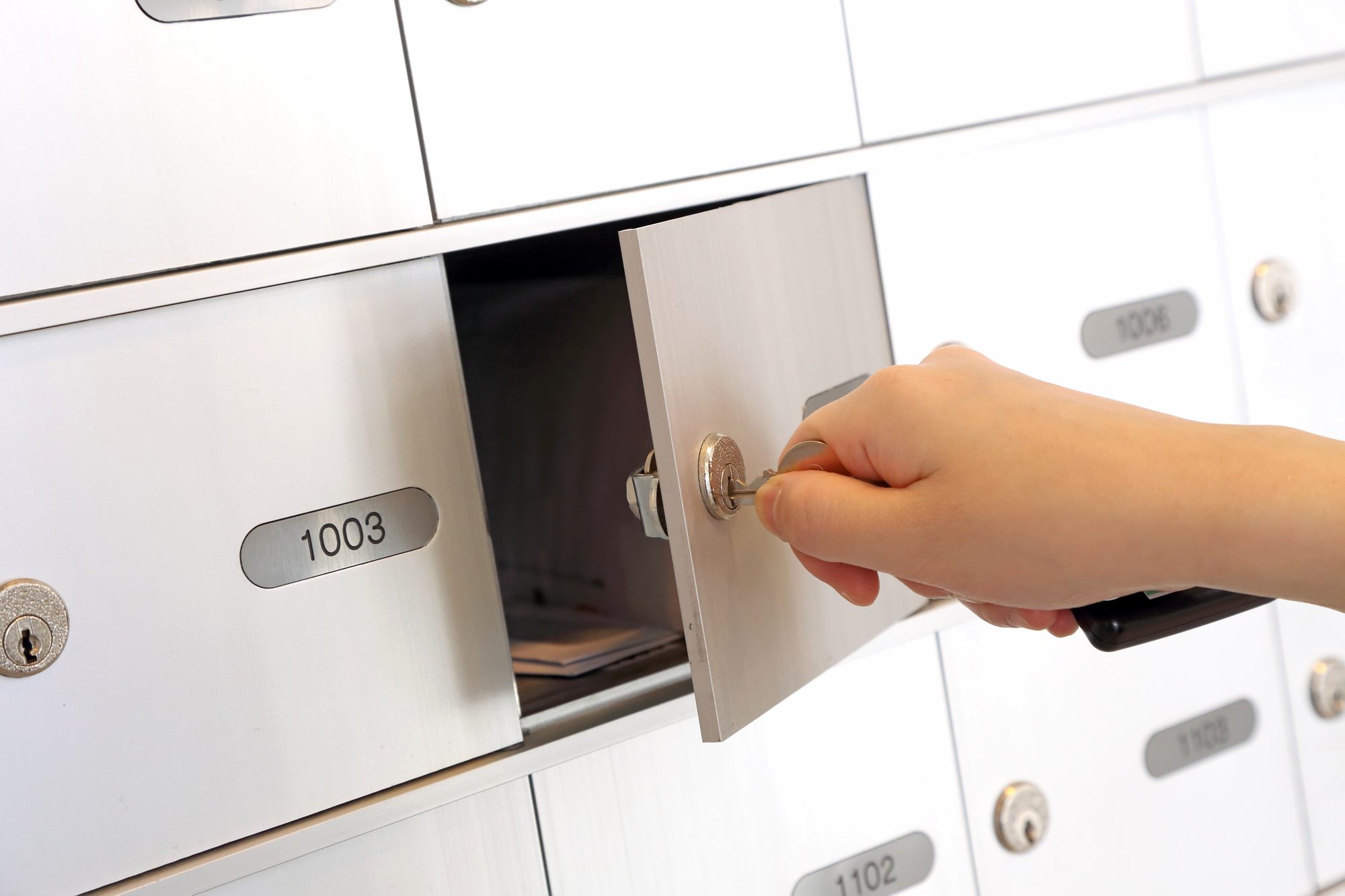 Rent USPS Mailbox